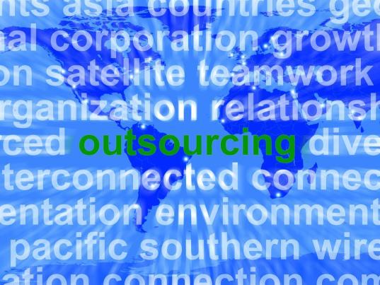 Quando è opportuno per una PMI esternalizzare una funzione?