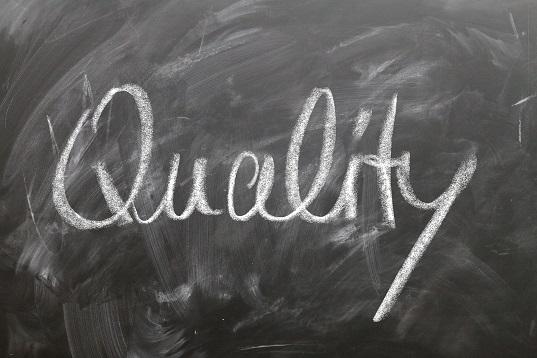 Come possono le imprese implementare una gestione totale della qualità?